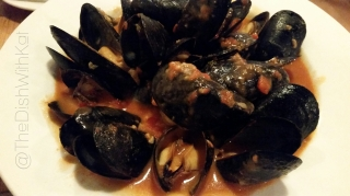 Hank's garlic steamed Blue Bay mussels