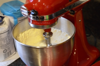Using a stand or hand mixer, combine all of the dry ingredients.